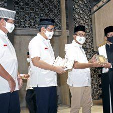 Milad ke-43 Masjid Istiqlal: Yayasan Muslim Sinar Mas Wakafkan Ribuan Alquran